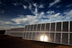 Az ABB napelemes innovációival támogatja Japán megújuló energia stratégiáját